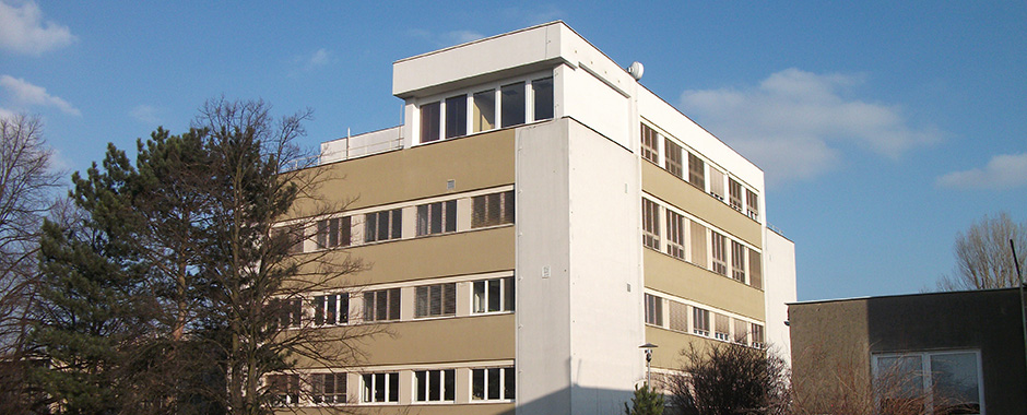 B1 building of IEB ASCR in Prague 6 – Lysolaje